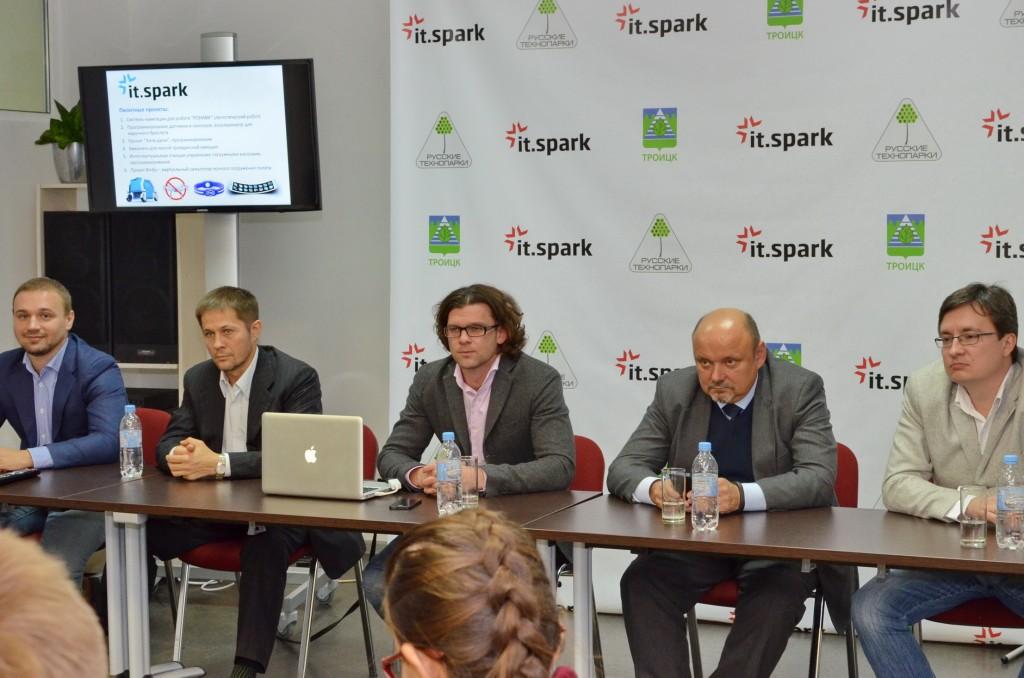Наноцентр Техноспарк и компания «Русские Технопарки» объявили о запуске совместных программ акселерации