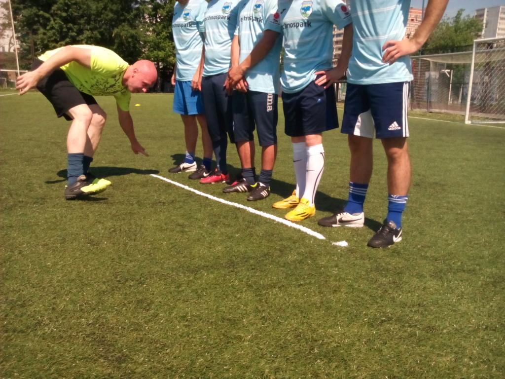 Первый русский футбольный спрей испытали на чемпионате